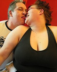Chunky mature couple fucking and sucking