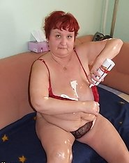 Kinky mature Iris loves to play with whipped cream