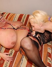 Mature lezzie Ariane loves licking hot young Sabriena