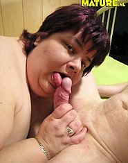 Fat mature slut getting a piece of cock