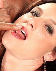 Gillian's Chocolate Cum Facial