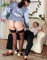 Mature office girl baring ass cheeks inviting a guy to do back-door work